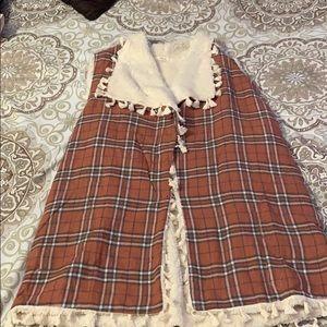 Soft Sherpa lines vest